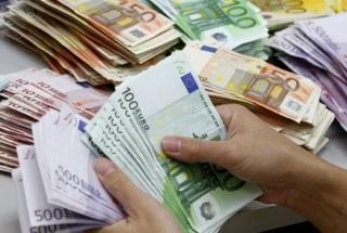 Direct contant geld in handen